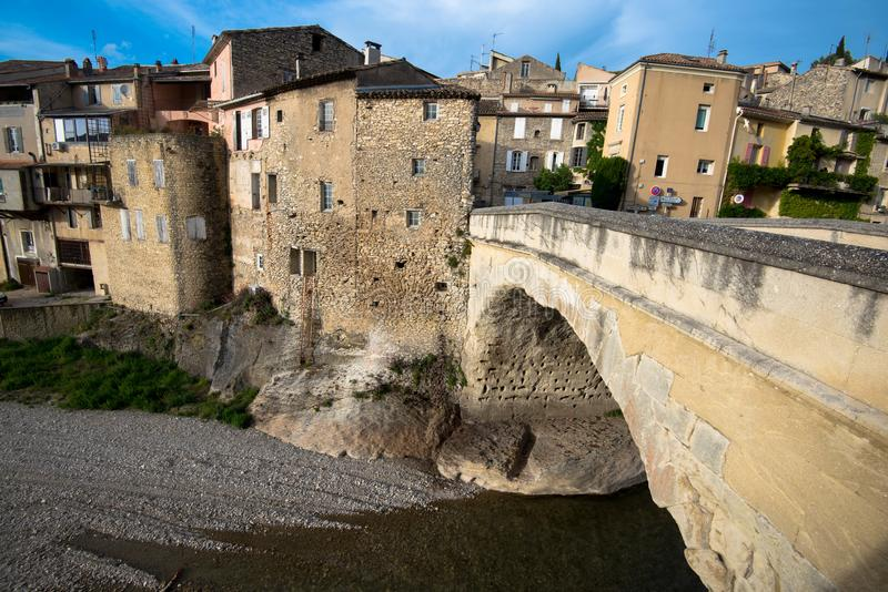 Средневековый город Romaine Ла Vaison во Франции стоковые изображения rf