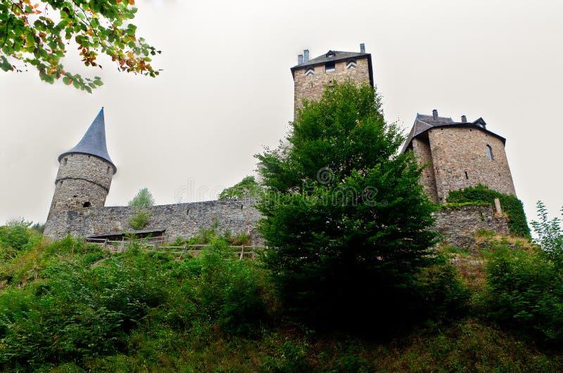 Средневековый замок Бельгия Reinhardstein стоковые изображения rf