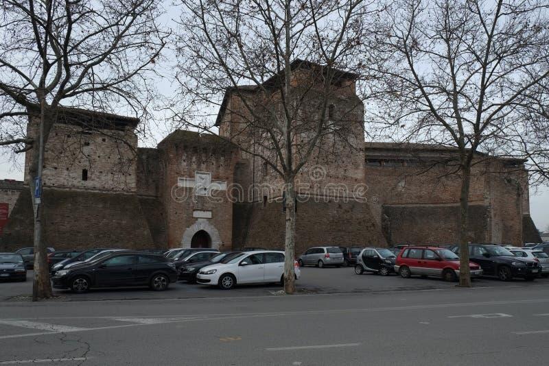 Средневековый замок в центре Римини, Италии стоковое изображение rf