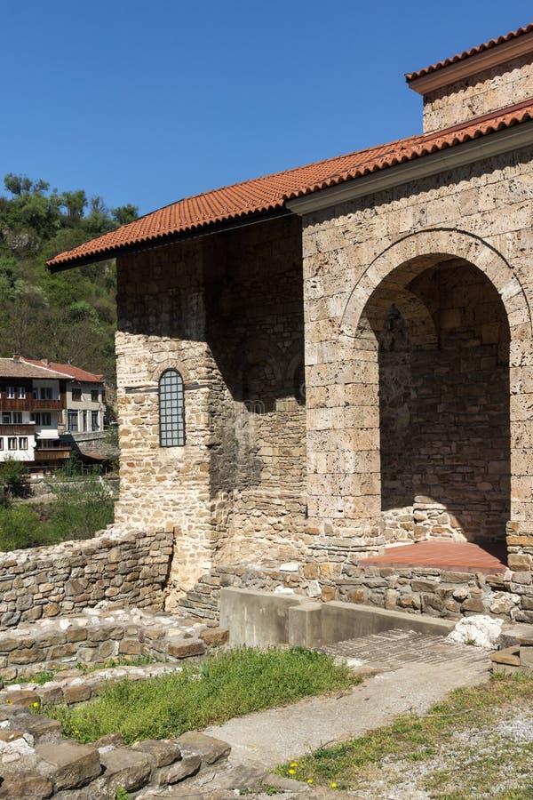 Средневековый святая церковь 40 мучеников - восточная православная церков церковь построенная в 1230 в городке Veliko Tarnovo, Бо стоковая фотография