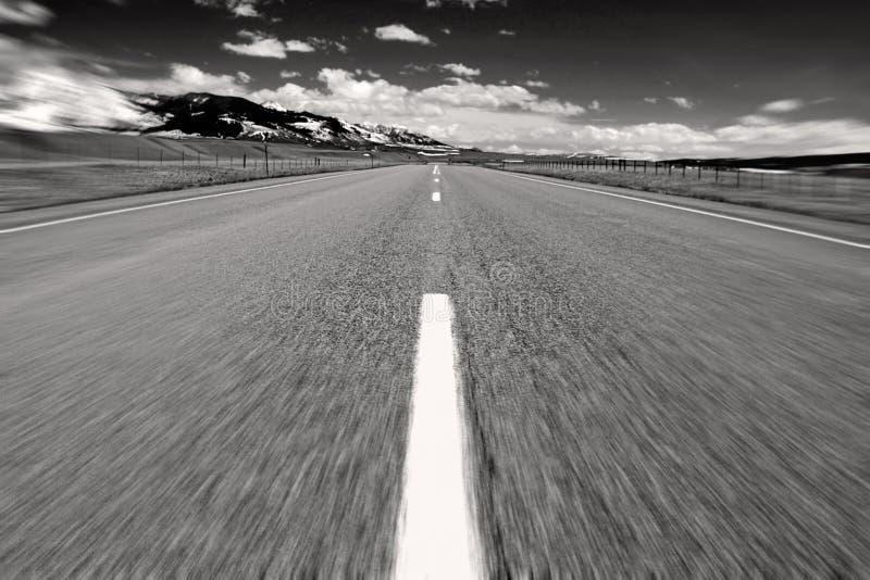 средняя дорога стоковые изображения rf