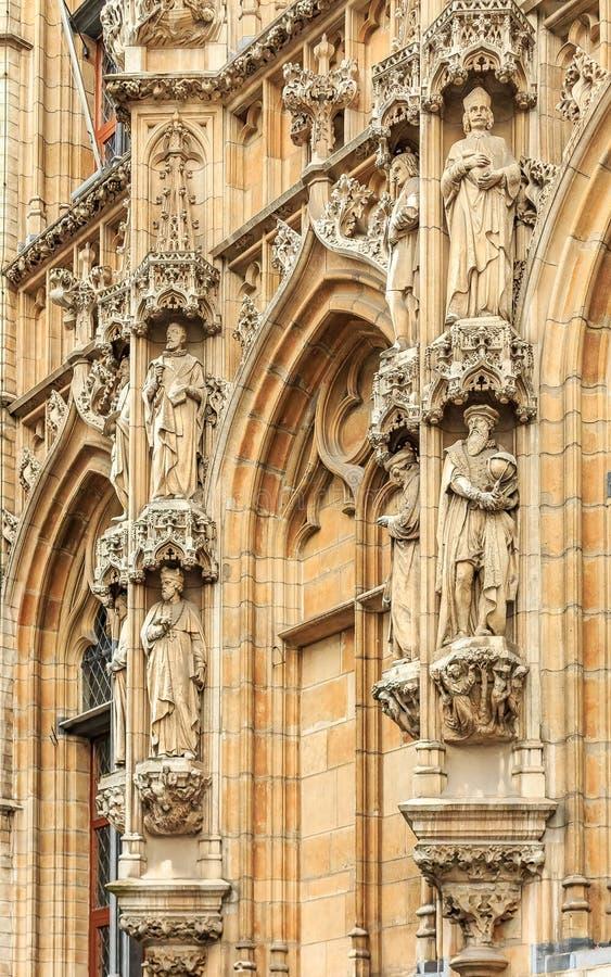 Средневековая ратуша в лёвене Бельгии стоковое изображение