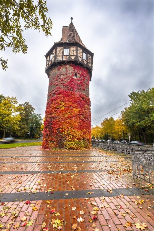 Средневековая сторожевая башня Dohrener Turm в Ганновере, Германии стоковое фото