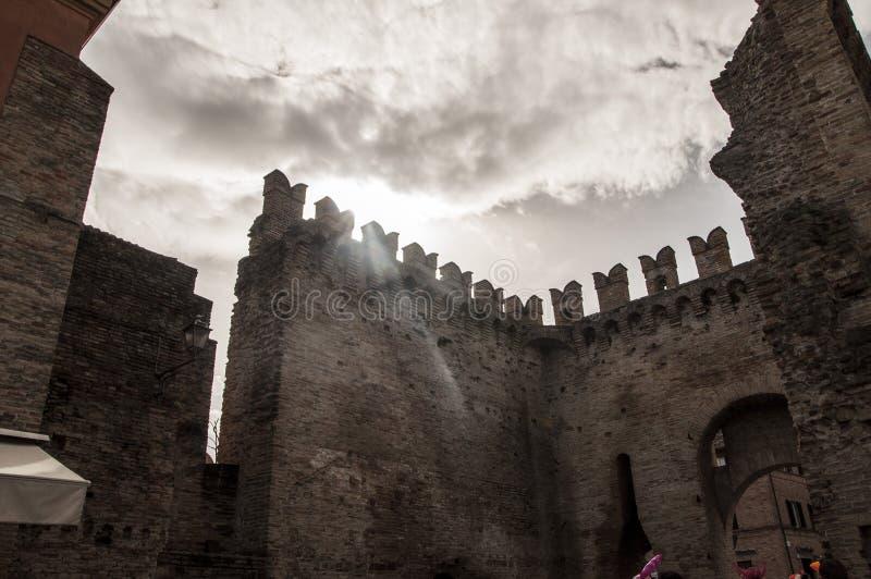 Средневековые стены стоковые фотографии rf