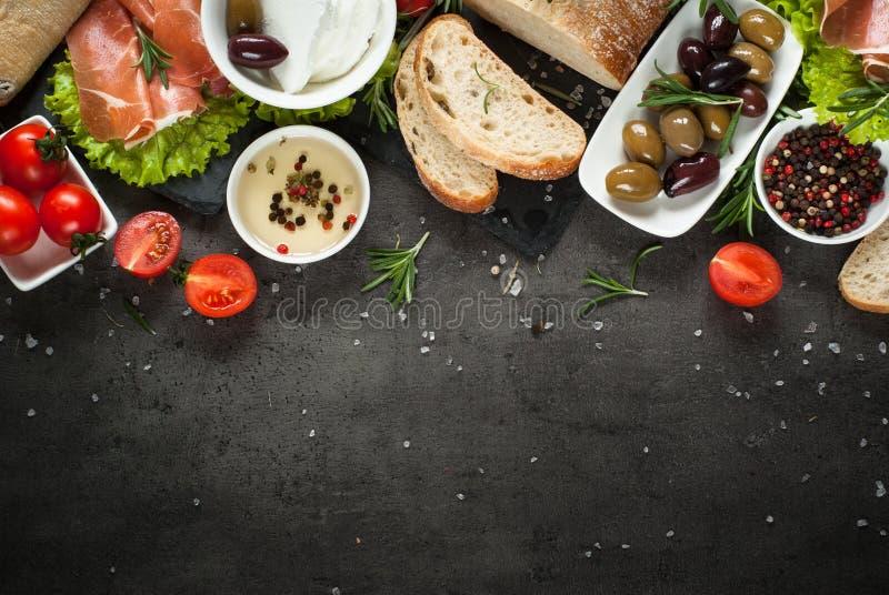 Среднеземноморская предпосылка еды стоковые изображения