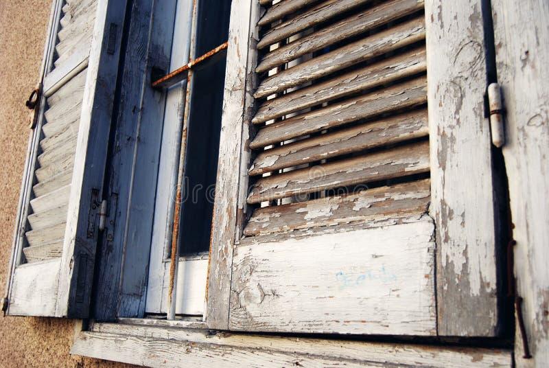 Среднеземноморские окна стоковое изображение rf