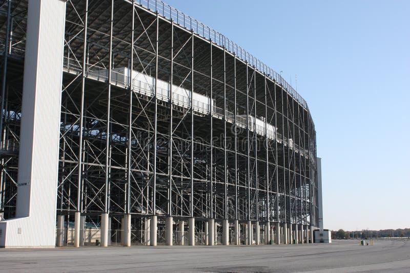 Download стадион беговой дорожки зодчества Стоковое Изображение - изображение насчитывающей огромно, зодчества: 6867301