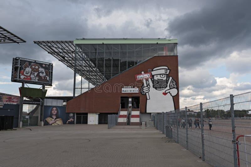 Стадион Millerntor St Pauli FC в районе St Pauli Hamburgs стоковое изображение