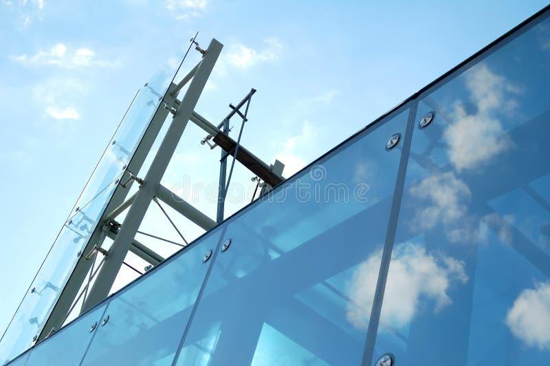 сталь конструкции стеклянная самомоднейшая стоковая фотография
