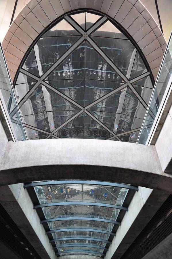 сталь стекла потолка стоковое изображение rf
