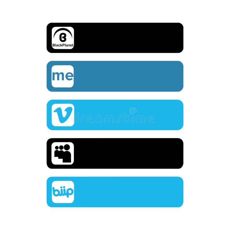 Стамбул, Турция - 26-ое октября 2017: Собрание популярных социальных логотипов средств массовой информации напечатало на бумаге иллюстрация вектора