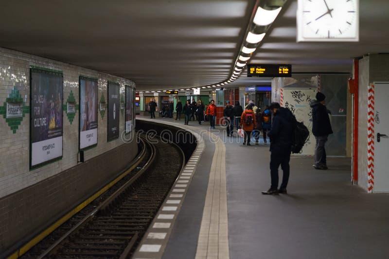 Станция метро линий U2 - Potsdamer Platz стоковые фотографии rf