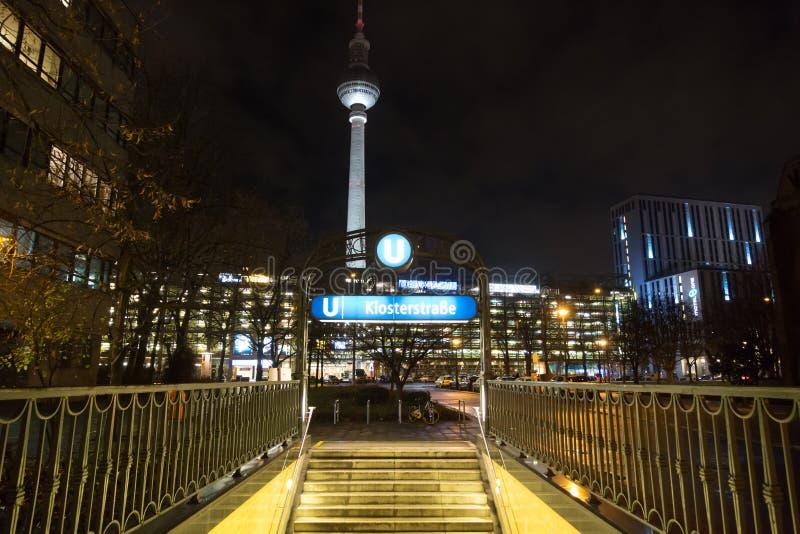 Станция метро Klosterstrasse в Берлине, Германии стоковые фотографии rf