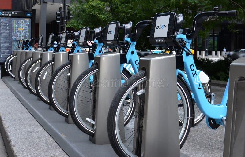 Станция проката велосипедов пая в Чикаго стоковые фото