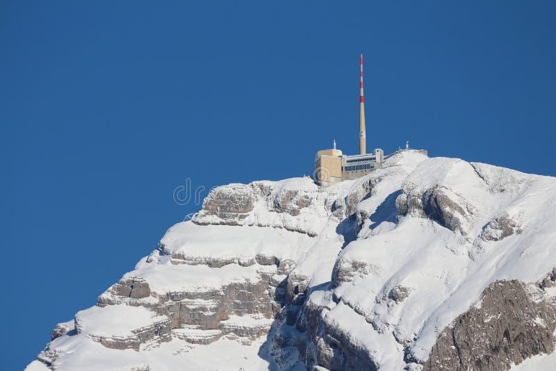 Станция саммита на Mt Saentis, Швейцарии стоковая фотография rf