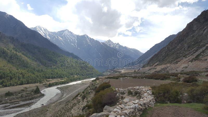 Станция холма в Himachal Pradesh стоковые изображения rf