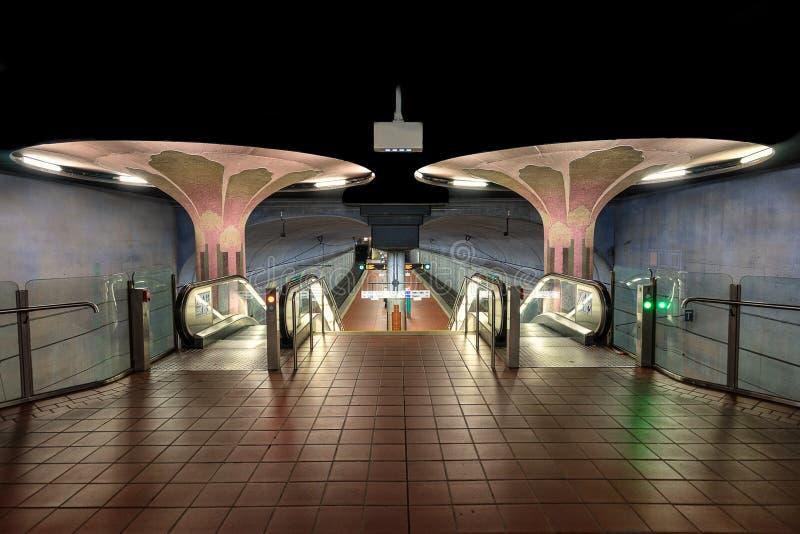 Станция Westend u Bahn в Франкфурте Германии стоковые фотографии rf