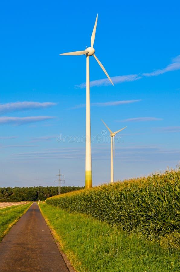 Download Стан энергии ветра стоковое фото. изображение насчитывающей green - 33728886
