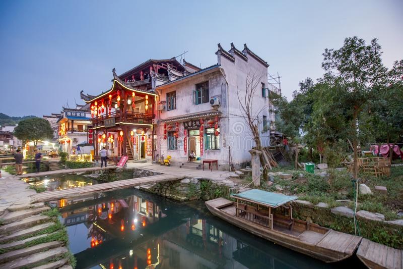 Старая архитектура и большинств красивая деревня фарфора вызывают деревню Likeng ` в ` Wuyuan расположенный в центре страны Китая стоковая фотография