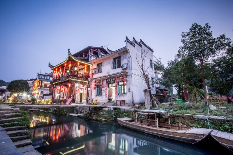 Старая архитектура и большинств красивая деревня фарфора вызывают деревню Likeng ` в ` Wuyuan расположенный в центре страны Китая стоковое изображение