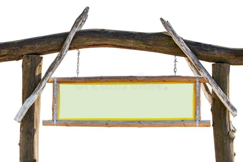 Старая большая деревянная афиша или коричневая стойка с пустой салатовой доской информации для достопримечательности, особенного  стоковые изображения rf
