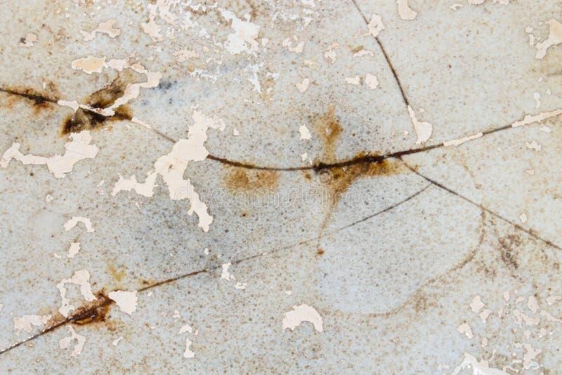 Старая ванна литого железа стоковые фото