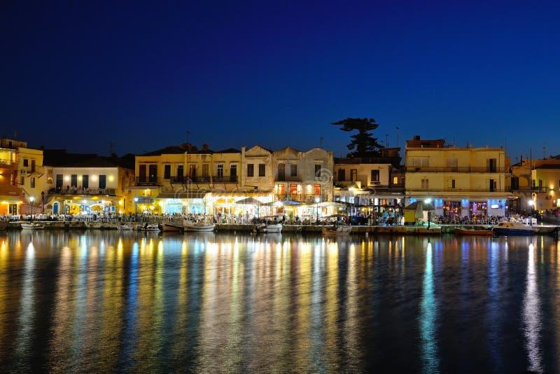 Старая венецианская гавань в городе Rethymno, Крита стоковые изображения
