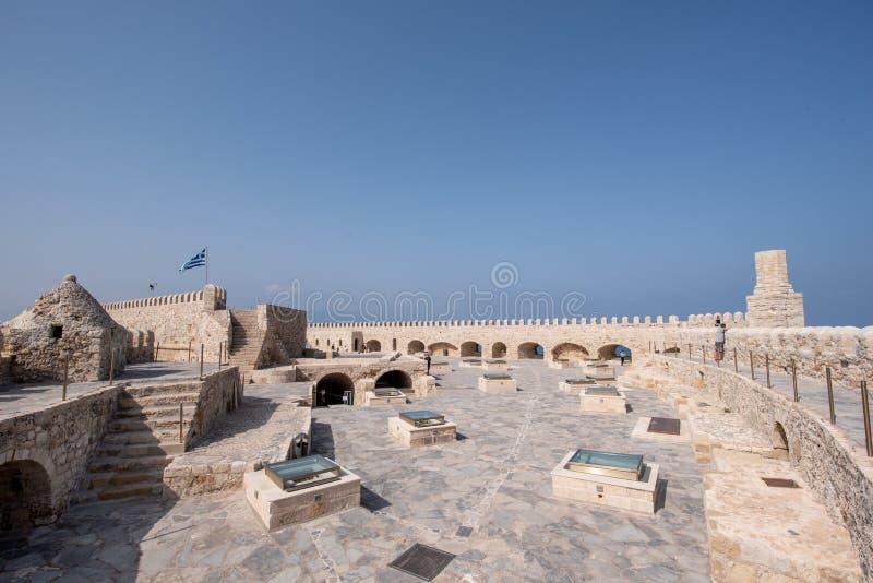 Старая венецианская крепость в городке ираклиона, Крит Koules Верхняя часть v стоковое фото rf