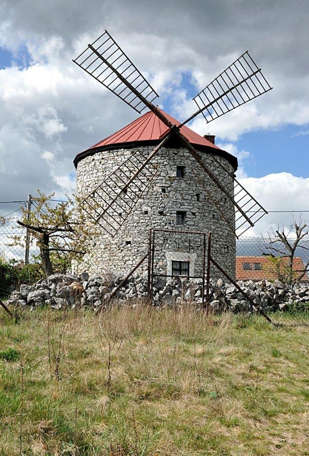 Старая ветряная мельница стоковое фото