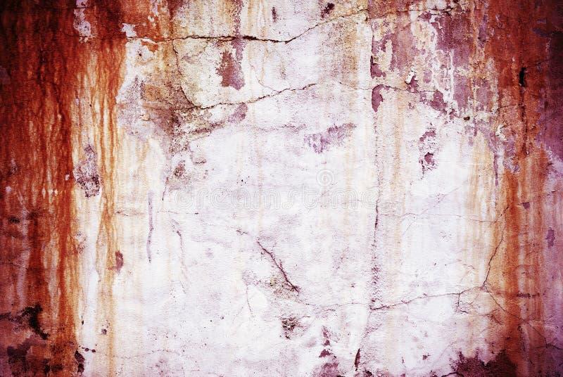 Старая выдержанная ржавая стена стоковые изображения rf