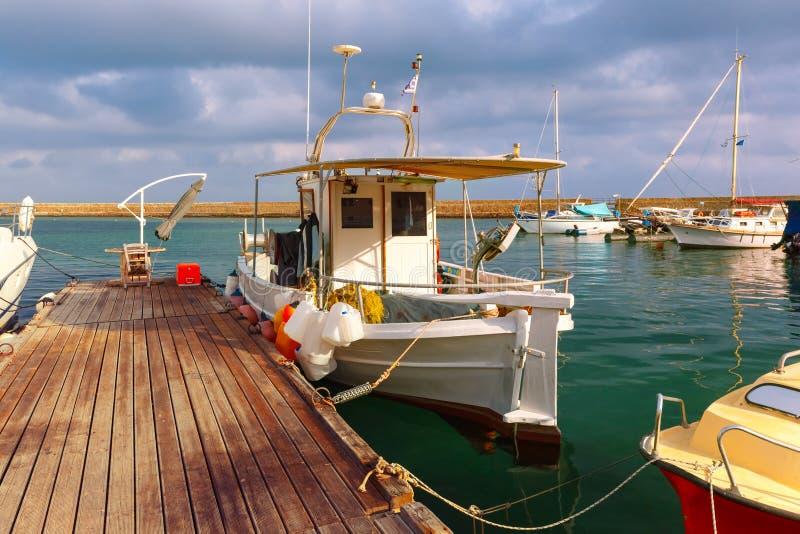 Старая гавань в утре, Chania, Крит, Греция стоковые фото