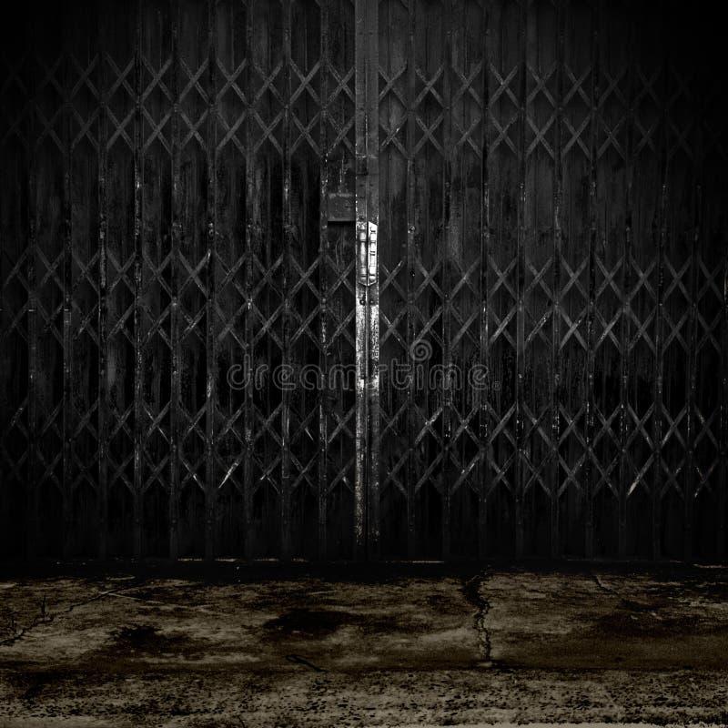 старая двери металлическая стоковое фото rf