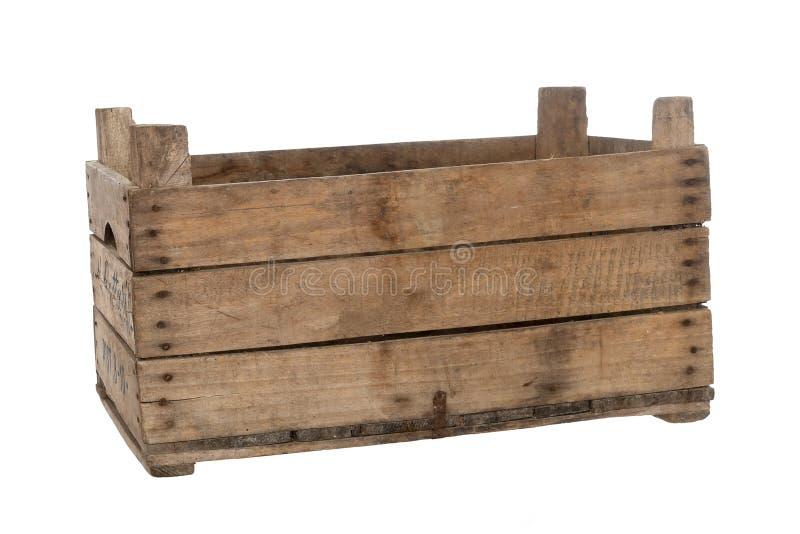 Старая деревянная коробка, клеть, изолированная на белизне Вид спереди, небольшой угол, пустой стоковая фотография