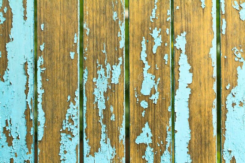 Старая деревянная предпосылка с затрапезной голубой краской Конец-вверх стоковая фотография rf