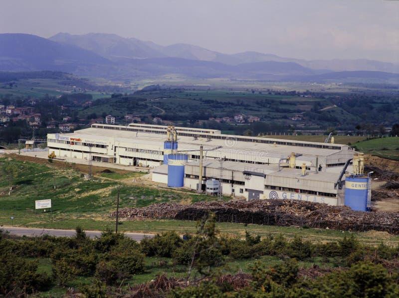 Старая деревянная фабрика в Чёрном море стоковое изображение rf
