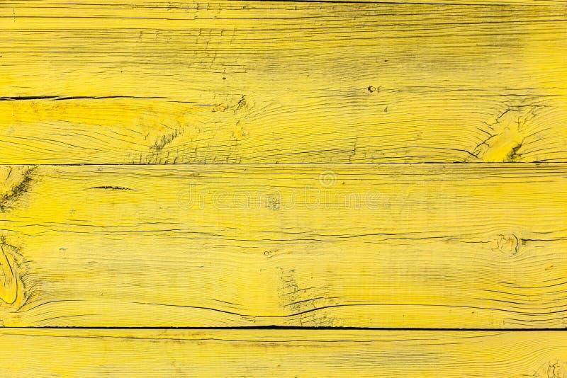старая желтая деревянная загородка стоковое изображение