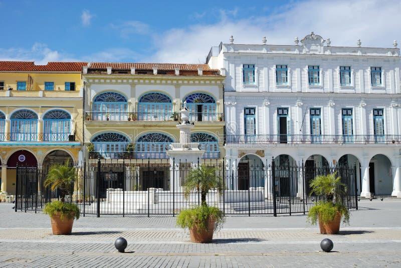 Старая квадратная площадь Vieja - Гавана, Куба стоковые фотографии rf