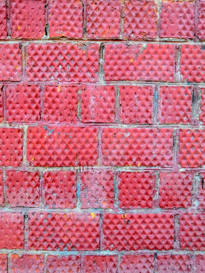 Старая кирпичная стена красного кирпича растрепанная с временем стоковая фотография rf