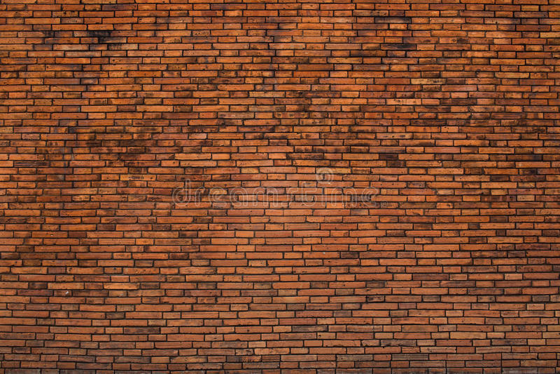 Старая кирпичная стена на стробе thapae стоковая фотография