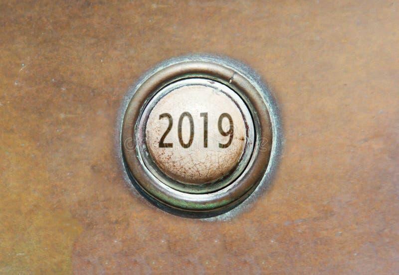 Старая кнопка - 2019 стоковые фото