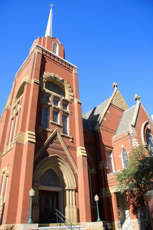 Старая красная церковь стоковые изображения