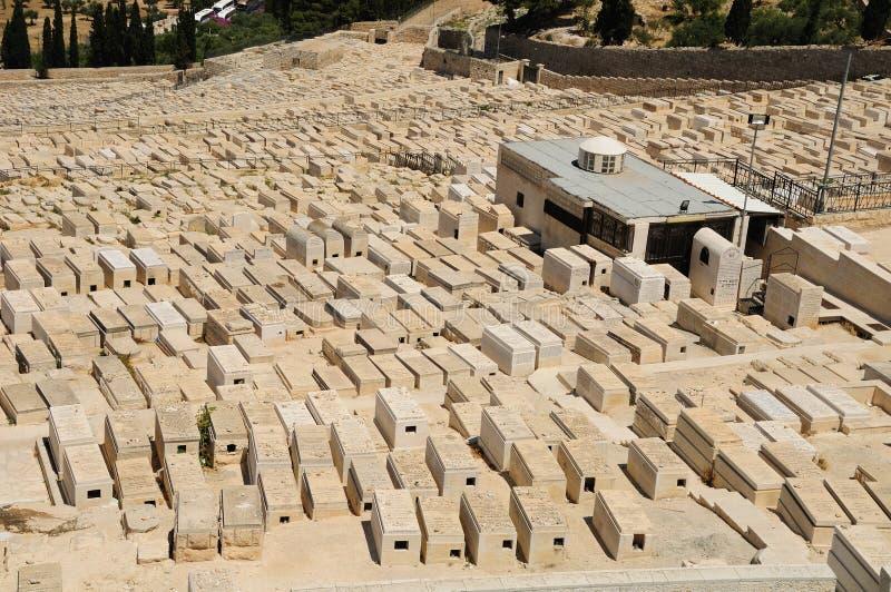 Download старая кладбища еврейская стоковое фото. изображение насчитывающей израильско - 41650694
