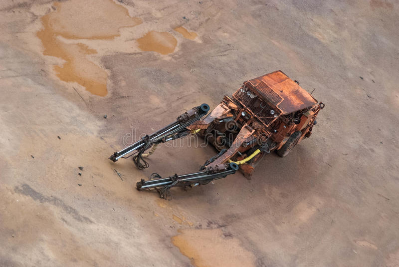 Старая машина от шахты в Швеции стоковая фотография rf