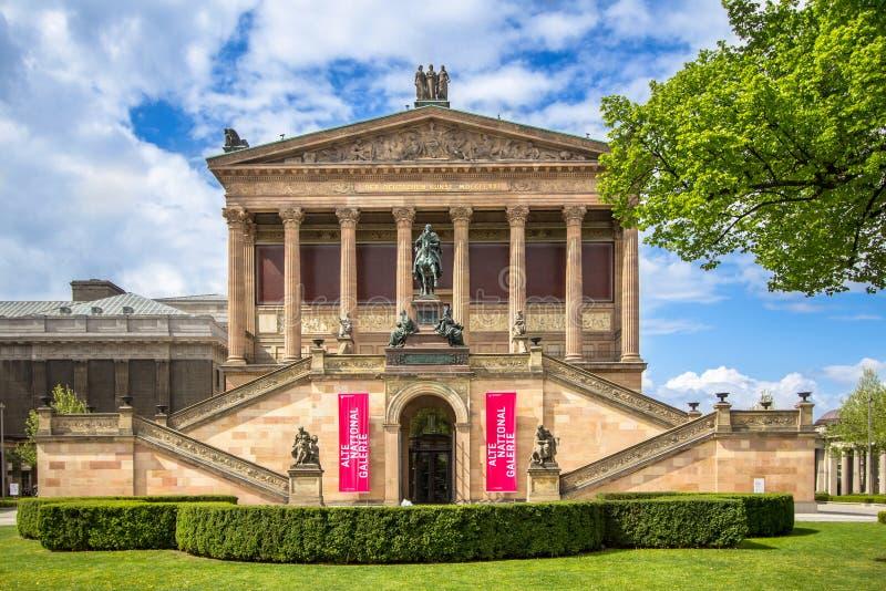 Старая национальная галерея в Берлине, Германии стоковая фотография rf