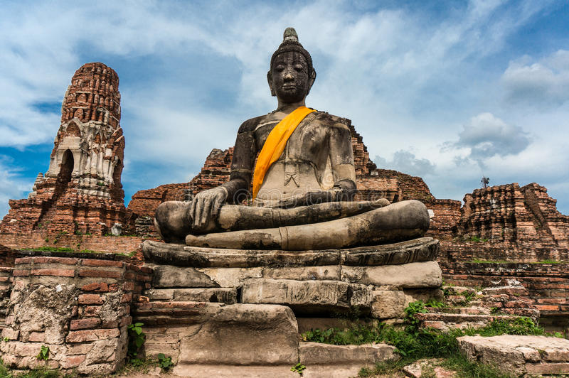 Старая пагода на виске Wat Phra Sri Sanphet, Таиланде стоковое изображение