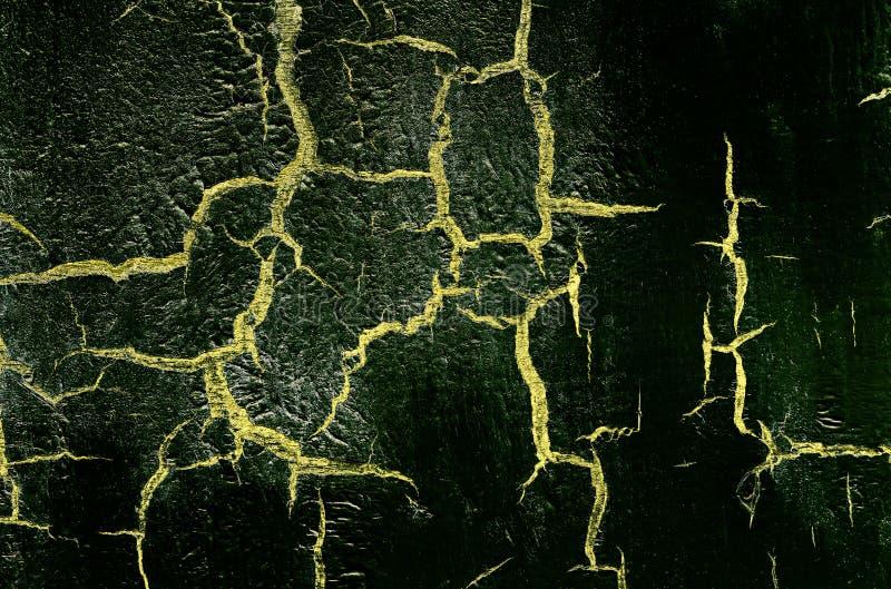 Старая поврежденная треснутая стена краски, предпосылка Grunge, темный ый-зелен и желтый цвет стоковое фото