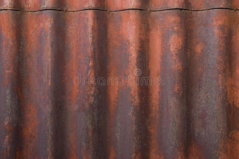 Старая покрашенная текстура ржавой стены металла стоковые изображения