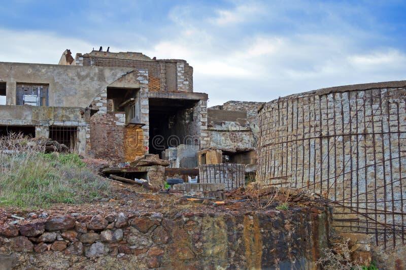 Старая разрушенная шахта стоковые изображения