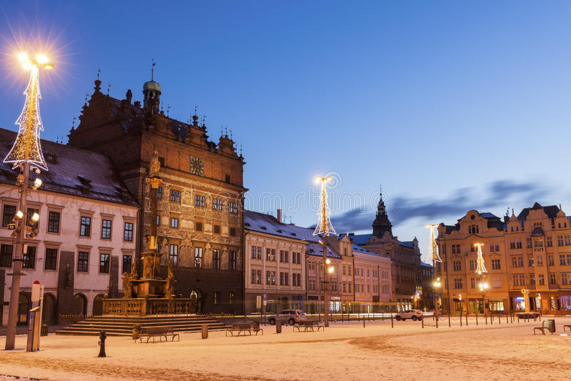 Старая ратуша на квадрате республики в Pilsen стоковые изображения rf