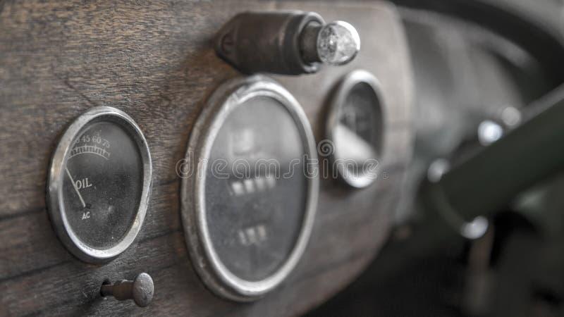 Старая ремонтная мастерская автомобиля городка минирования стоковое изображение